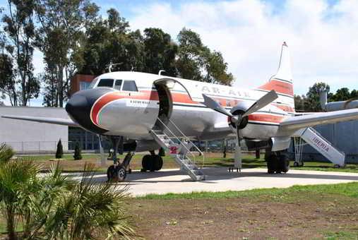 Museo-Aeronautico-Malaga-avion-airmail-Familysol